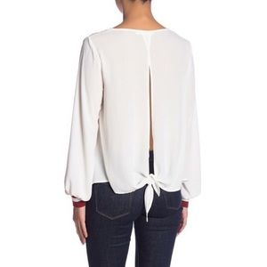 Lush Open back NWT blouse